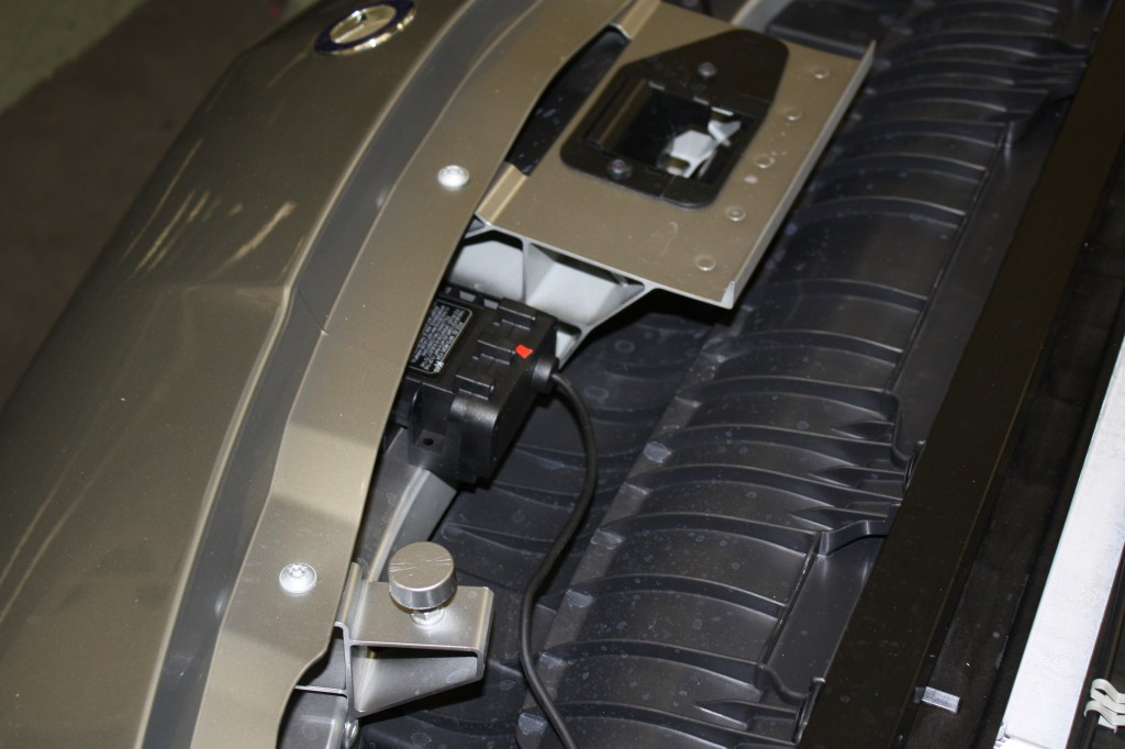 Hidden radar detector in the front bumper of a Mercedes SLS AMG
