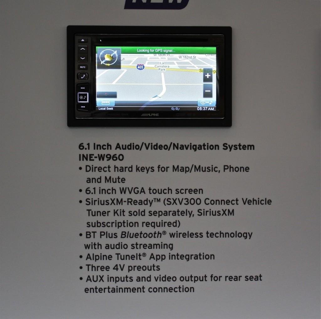 Alpine INE-W960 revealed at CES 2015