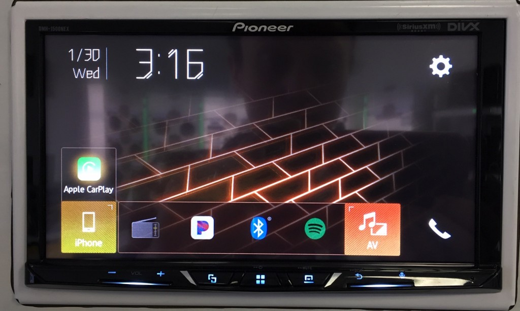 Best Apple CarPlay Stereo 2019 - Pioneer DMH-1500NEX home screen