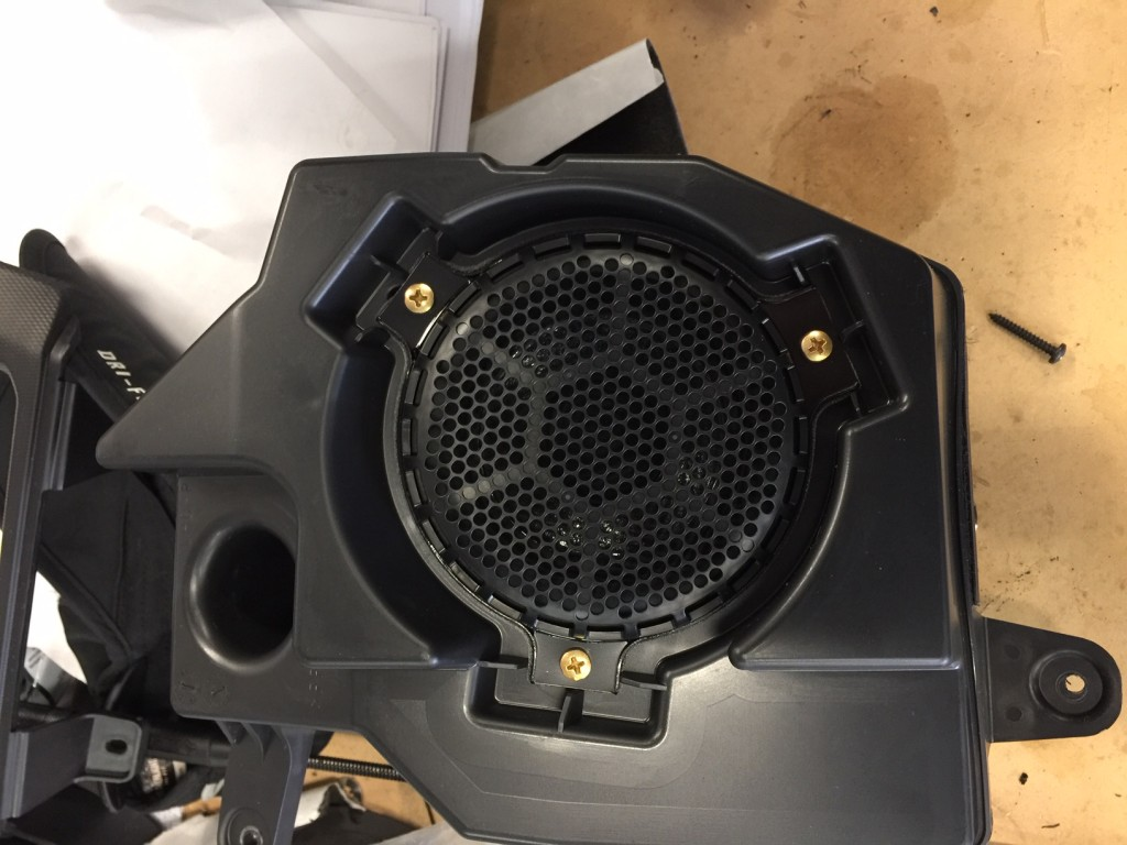 Jeep Wrangler JL Stereo Upgrade - OEM speaker enclosure pic