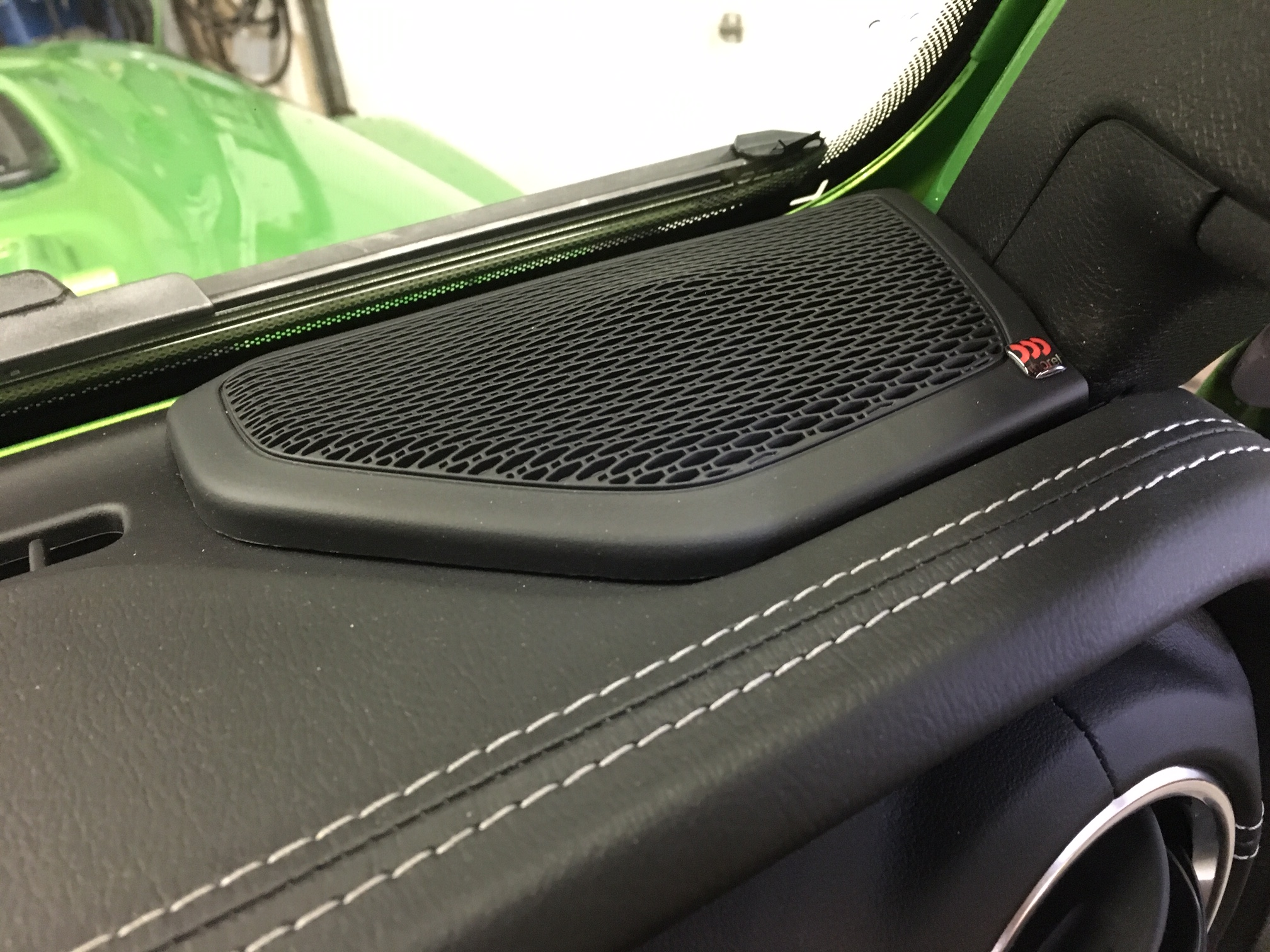 Jeep Wrangler JL Stereo Upgrade - front dash speakers 10.10 inch