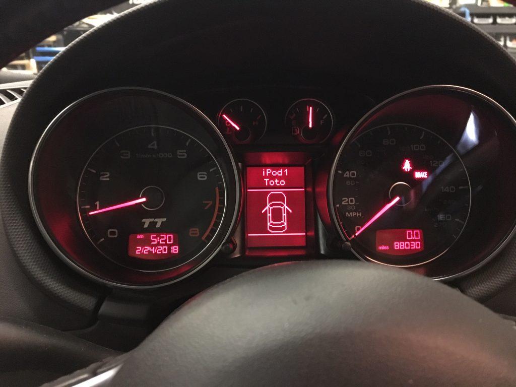 Stealth subwoofer install Audi TT - iDatalink Maestro